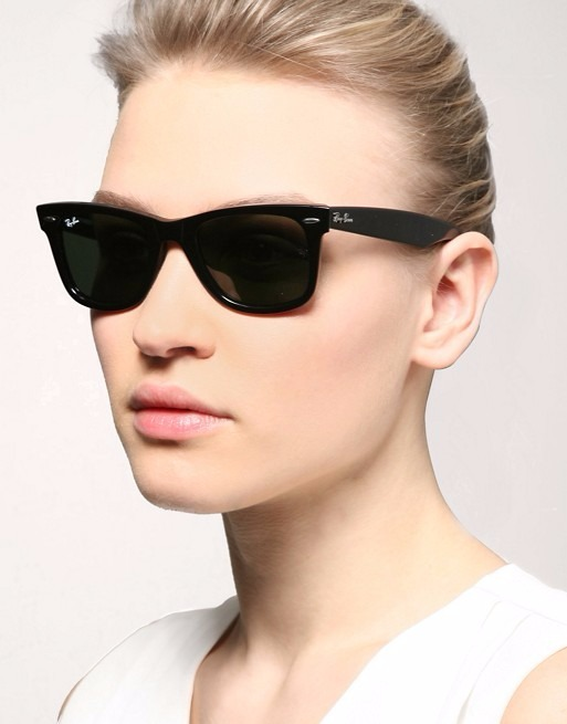 Óculos De Sol Ray Ban Wayfarer Clássico Lente G-15 - R  500,00 em ... 11b77c180f