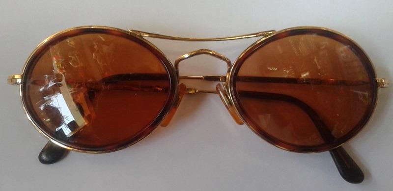 9025e68e20552 Óculos De Sol Redondo Feminino Giorgio Armani Usado - R  200,00 em ...