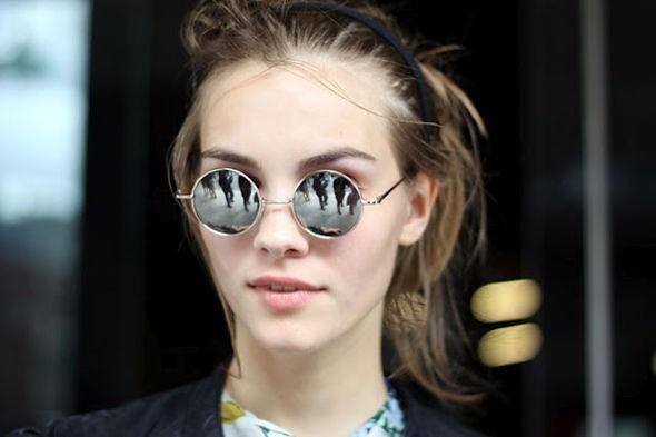 Óculos De Sol Redondo Lennon Beatles Espelhado Prata Unissex - R  29 ... 2e2dd79f3d