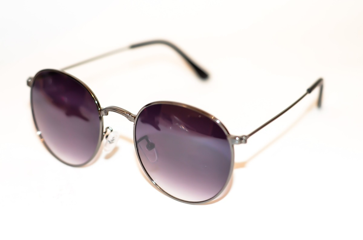 8854c65fb742e oculos de sol redondo masculino feminino preto lente degrade. Carregando  zoom.