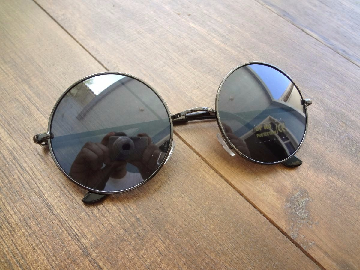 Óculos De Sol Redondo Masculino John Lennon Preto - R  29,90 em ... 42b0c89fb3