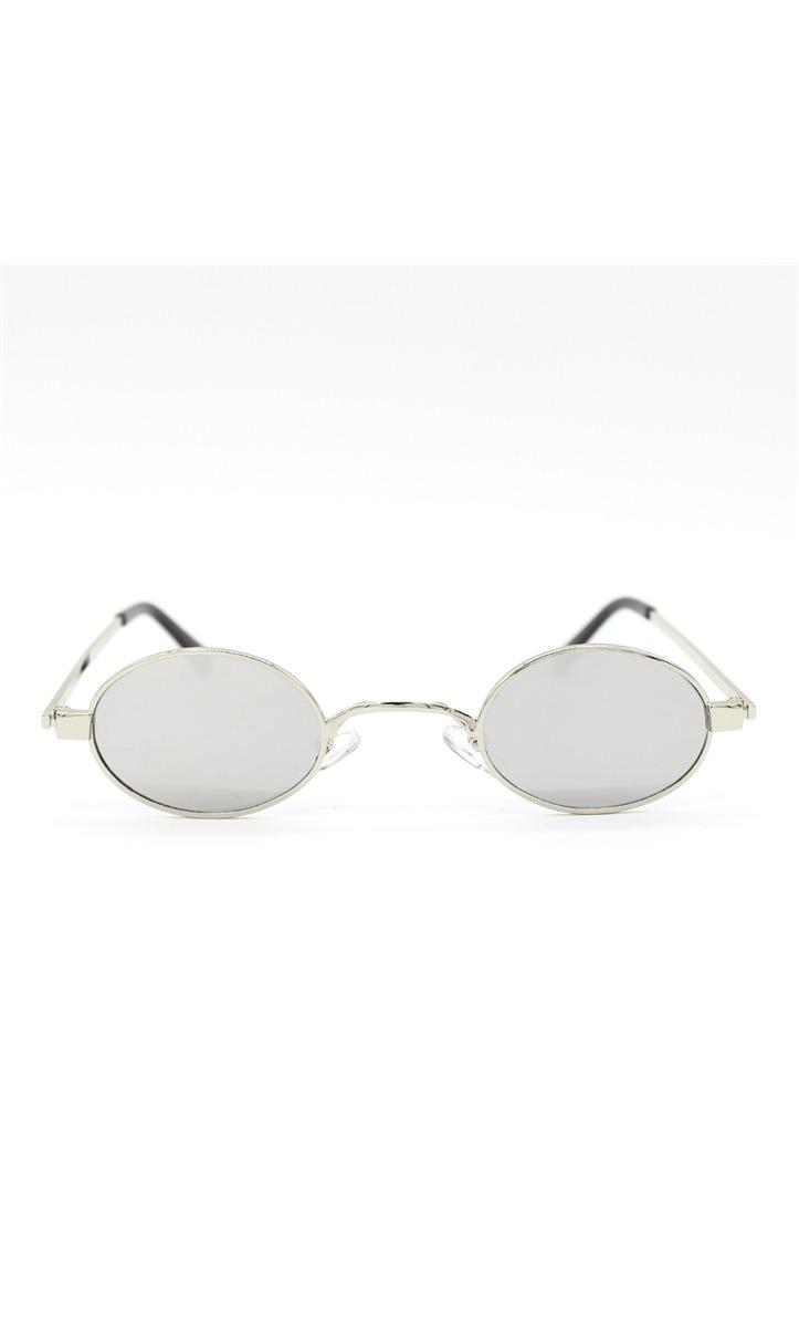 Óculos De Sol Retrô Oval Pequeno Metal Silver - R  49,90 em Mercado ... 4177fda945