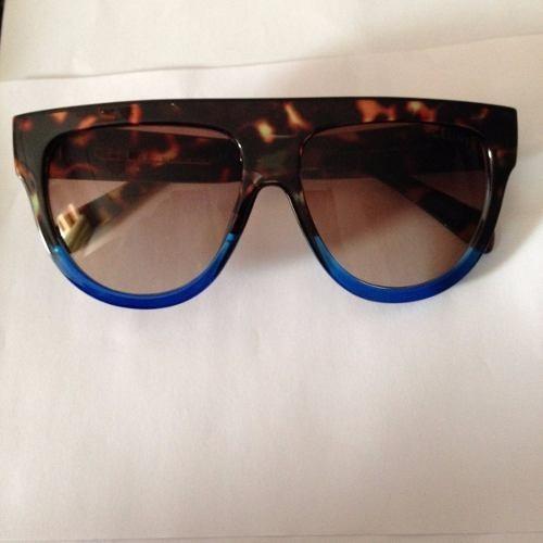 Óculos De Sol Sabrina Sato Celine Onça Com Azul Juliana Paes - R  89 ... 4e93084056