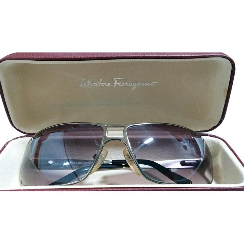 Óculos De Sol Salvatore Ferragamo Original - R  500,00 em Mercado Livre 8ce3a8ee72
