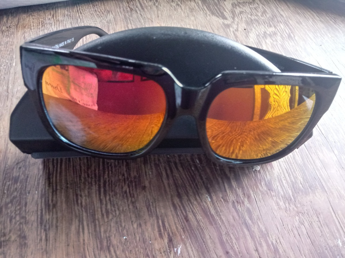 0258ff4aa28a7 oculos de sol tipo espelhado da marca prada milano lmj075. Carregando zoom.