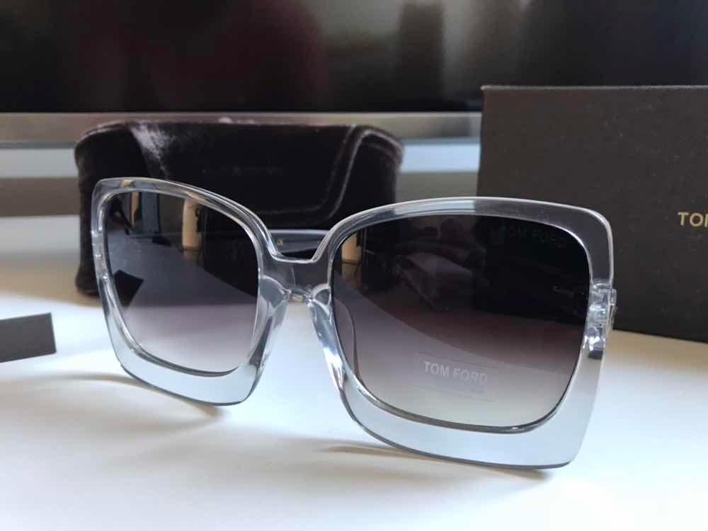 c0208546fb1af Óculos De Sol Tom Ford Transparente - R  279,99 em Mercado Livre