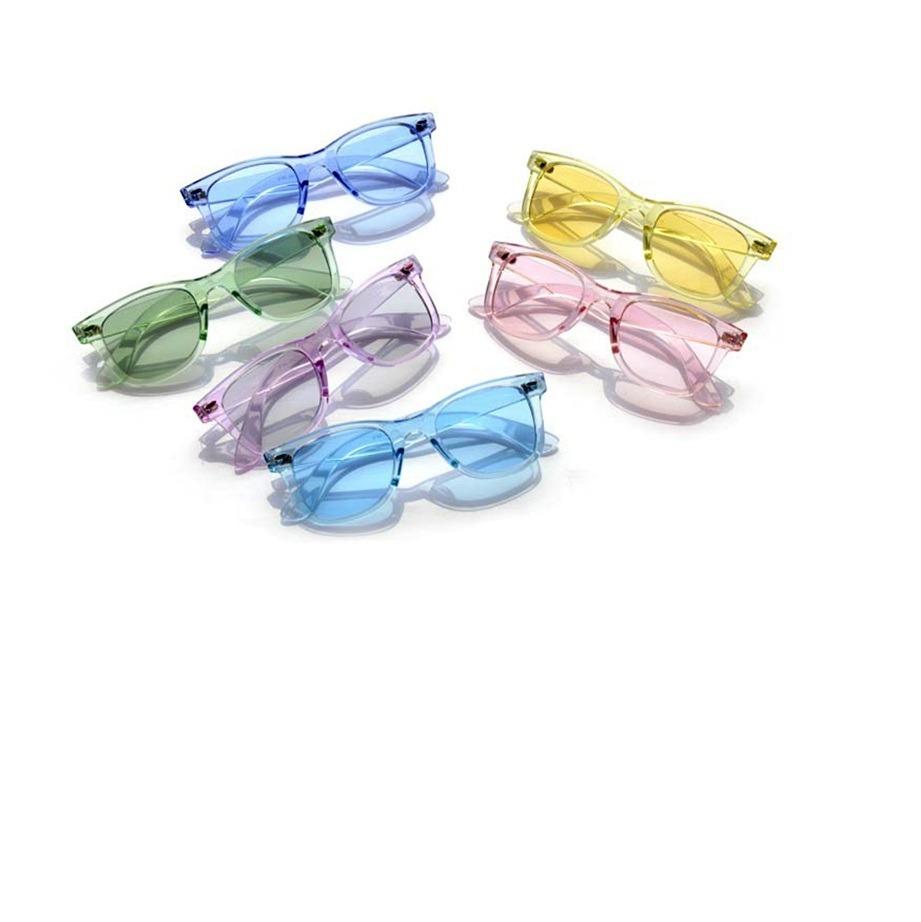9684bd2a213e5 óculos de sol unissex quadrado transparente azul. Carregando zoom.