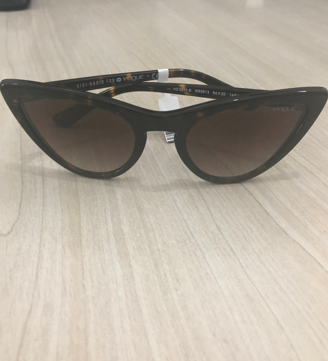 d76a217c9 Oculos De Sol Vogue Gigi Hadid Original - R$ 419,00 em Mercado Livre