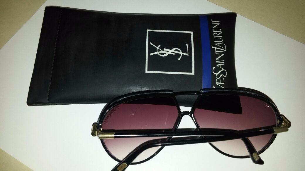 007d80f27fe00 Óculos De Sol Yves Saint Laurent - R  300,00 em Mercado Livre
