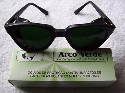 07e9e41ecef4d Óculos De Solda Verde Filtro De Luz Ton. 08 - Arcoverde - R  15,90 ...