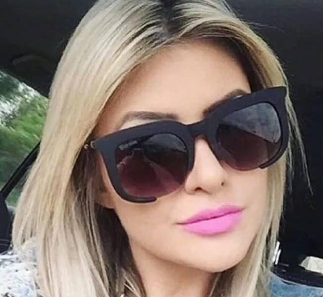 b1e07e8392b67 Óculos Degradê Feminino Marrom Estiloso Fumê Quadrado Barato - R  39 ...