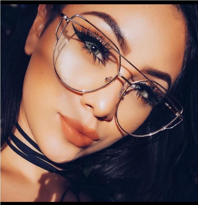 acf5e4d33 Óculos Descanso Casual Armação Lentes Feminina Original Luxo - R$ 85 ...
