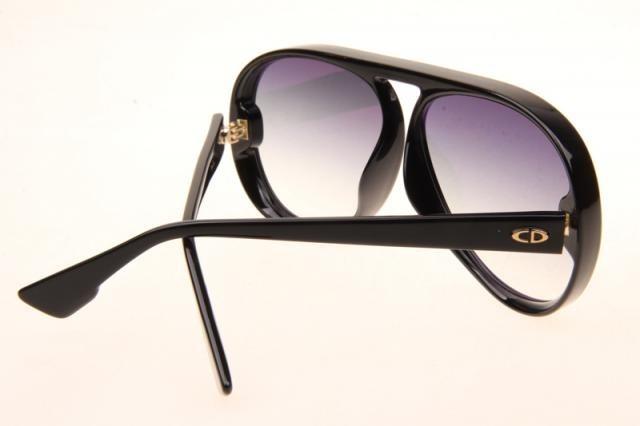 3ad8445a475 Óculos Dior Lia Original - R  999