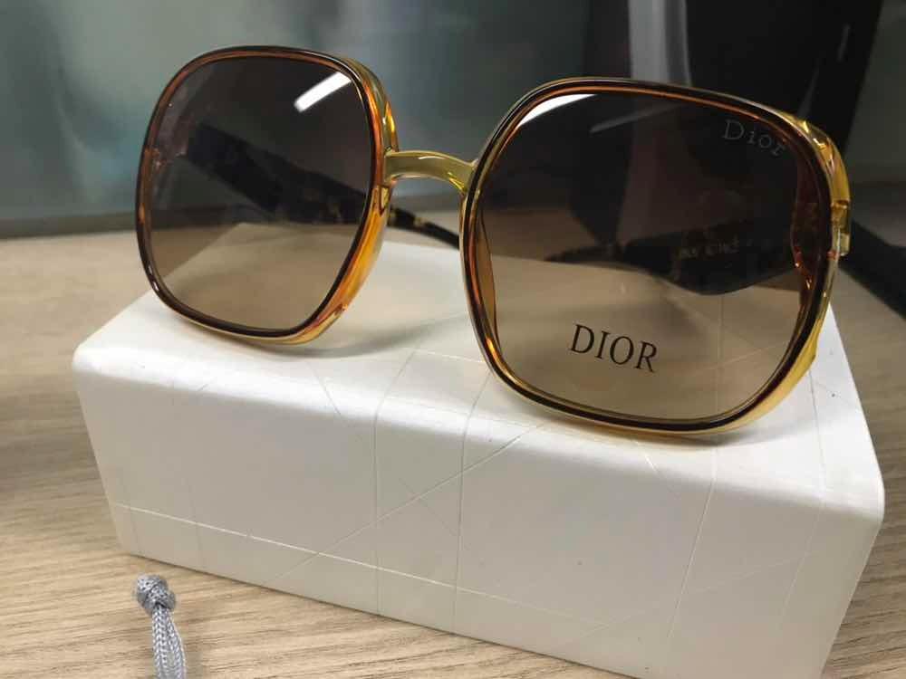8345029d49c02 Óculos Dior Studs 3 Caramelo Transparente Jadior - R  550,00 em Mercado  Livre