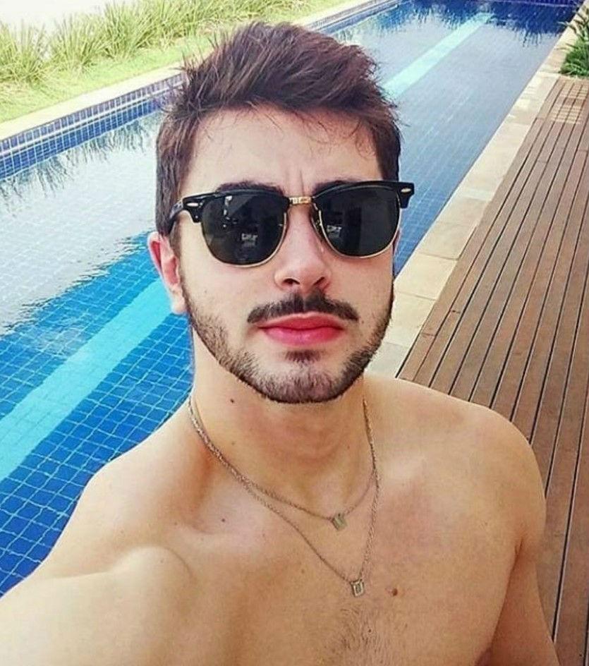 8ac472ca41be2 óculos escuro de sol moda masculino estiloso viagem praia. Carregando zoom.