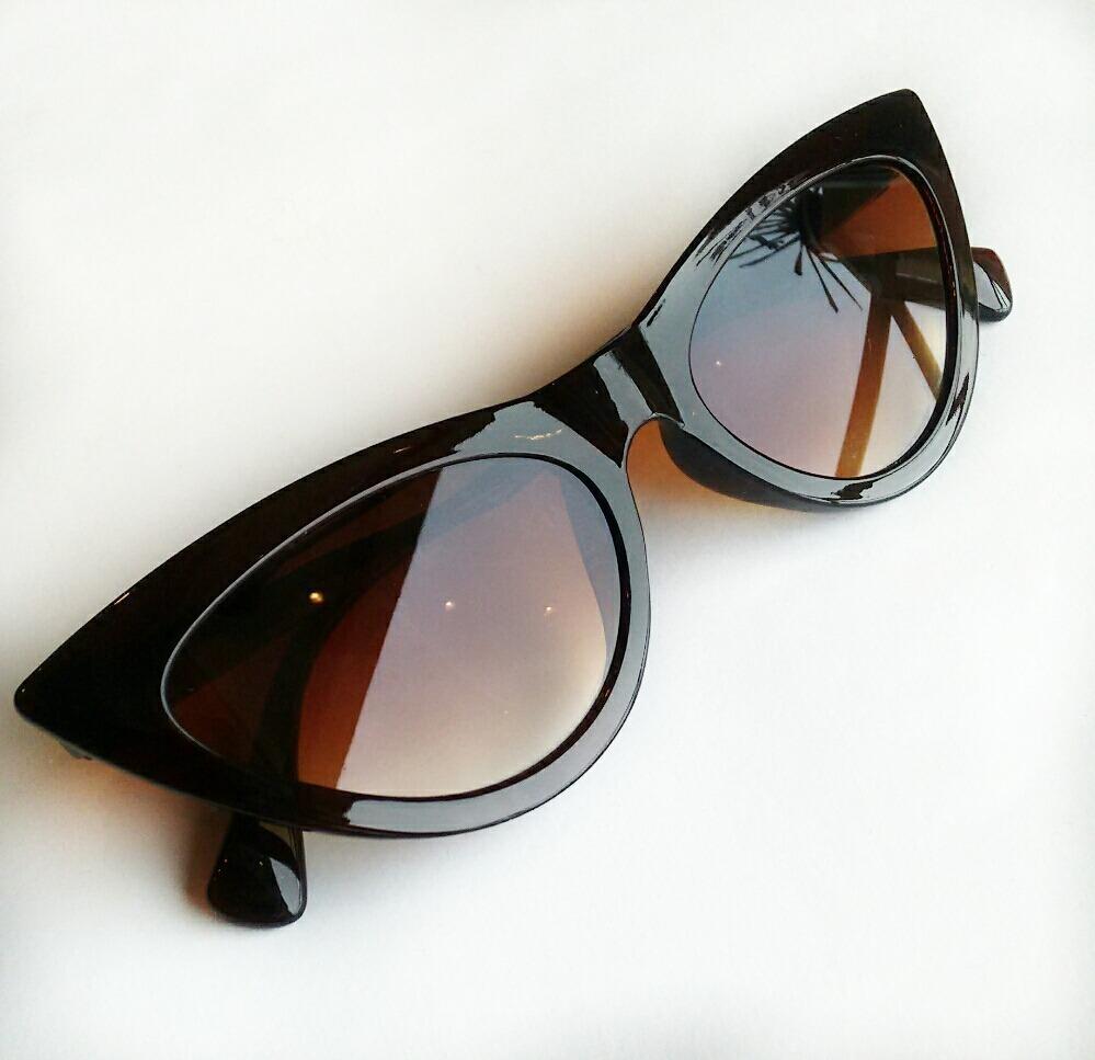 3ce573f4915fa óculos escuro feminino estilo gatinho da moda super promoção. Carregando  zoom.
