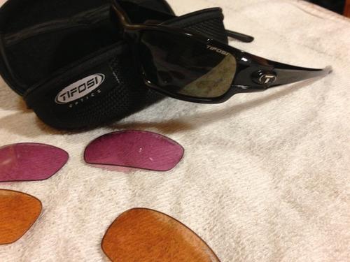 10c0baeb4 óculos escuros de sol tifosi sports polarized original cores. Carregando  zoom.