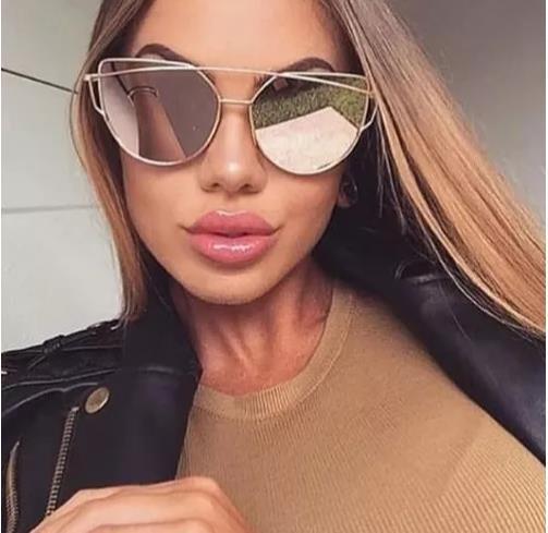 Óculos Espelhado Feminino Olho De Gato Gatinho Original - R  120,00 ... 43c2e71503