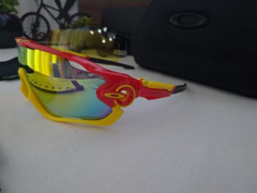 c0deb4b30365a Óculos Esportivo Oakley Jawbreaker, 4 Lentes. - R  189,00 em Mercado ...