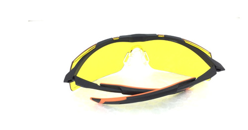 Oculos Esportivo Univet Voley Futebol   Basquete Uso Noturno - R  69 ... be21c3584b