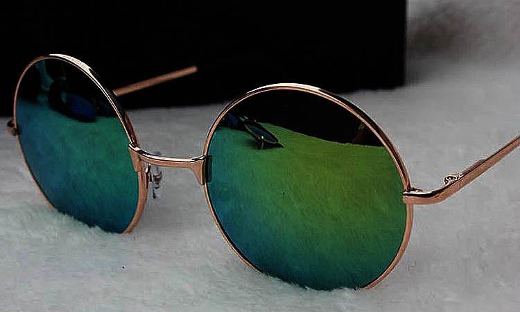 Óculos Estilo John Lennon Lentes Espelhadas Azul, Amarela - R  29,49 ... 6e1adb1f2e