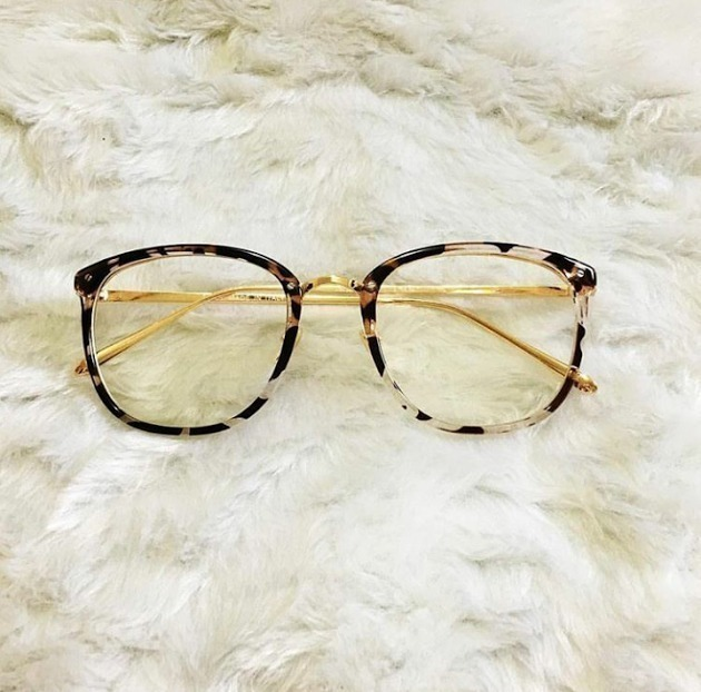 Óculos Feminino Armação Grau Geek Redondo Quadrado Brinde - R  46,00 em  Mercado Livre 7e53f6b187