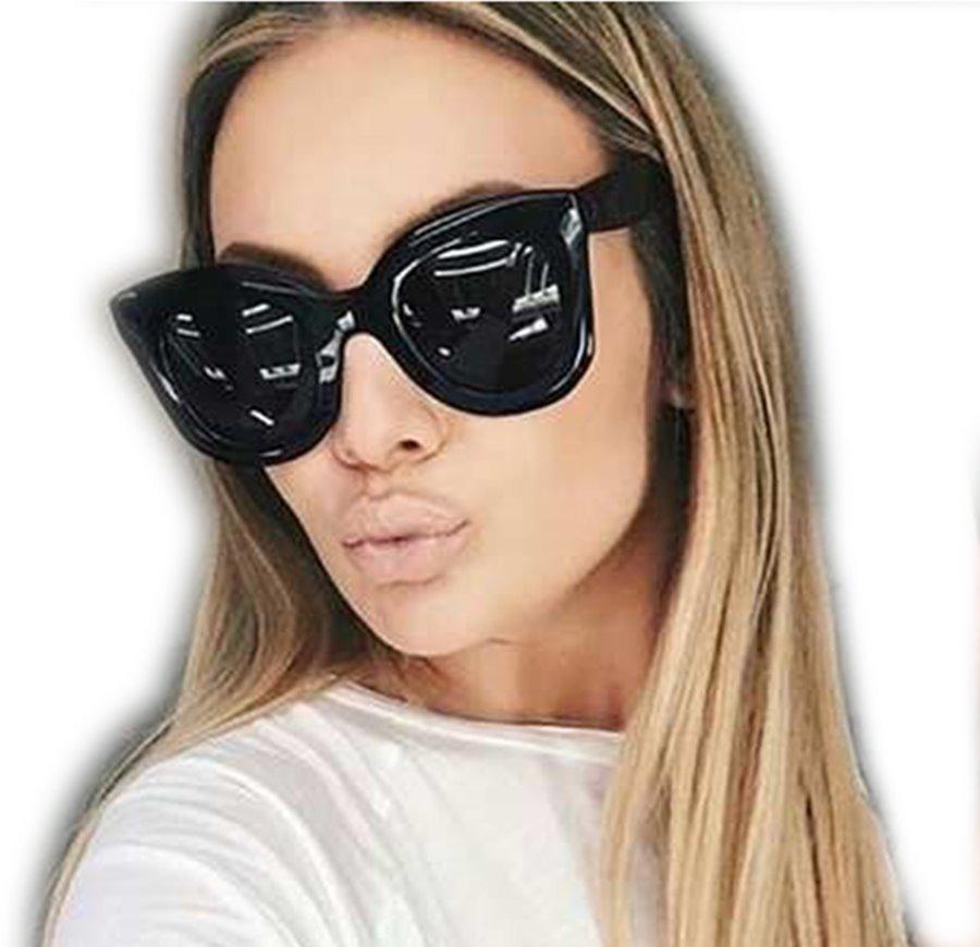 8a8018adfc219 Vender um igual. óculos feminino sol celine marta blog redondo quadrado  preto. Carregando zoom.