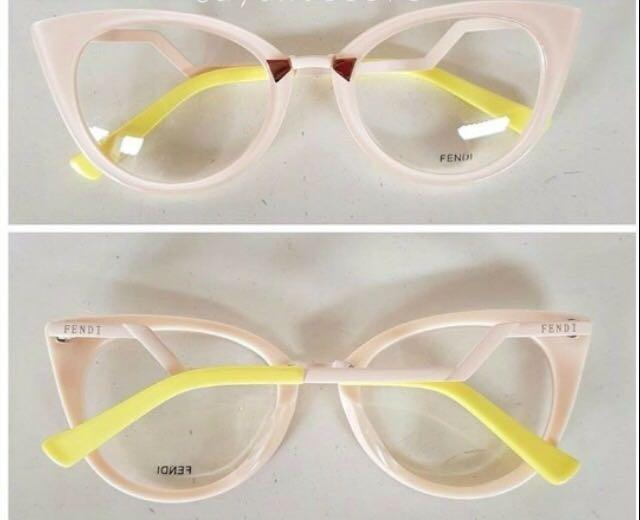 Oculos Fendi Rose Armação Acetato Pontas Amarela Feminino - R  135,00 em  Mercado Livre 205df43591