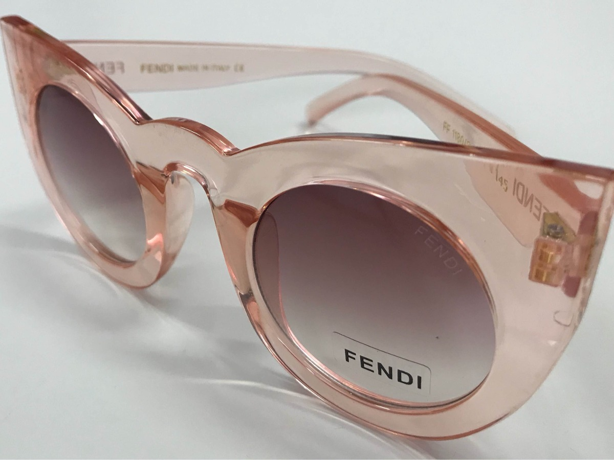 Óculos Fendi Sol Gatinho Grande Transparente Sexy - R  109,90 em ... b22b0adb93