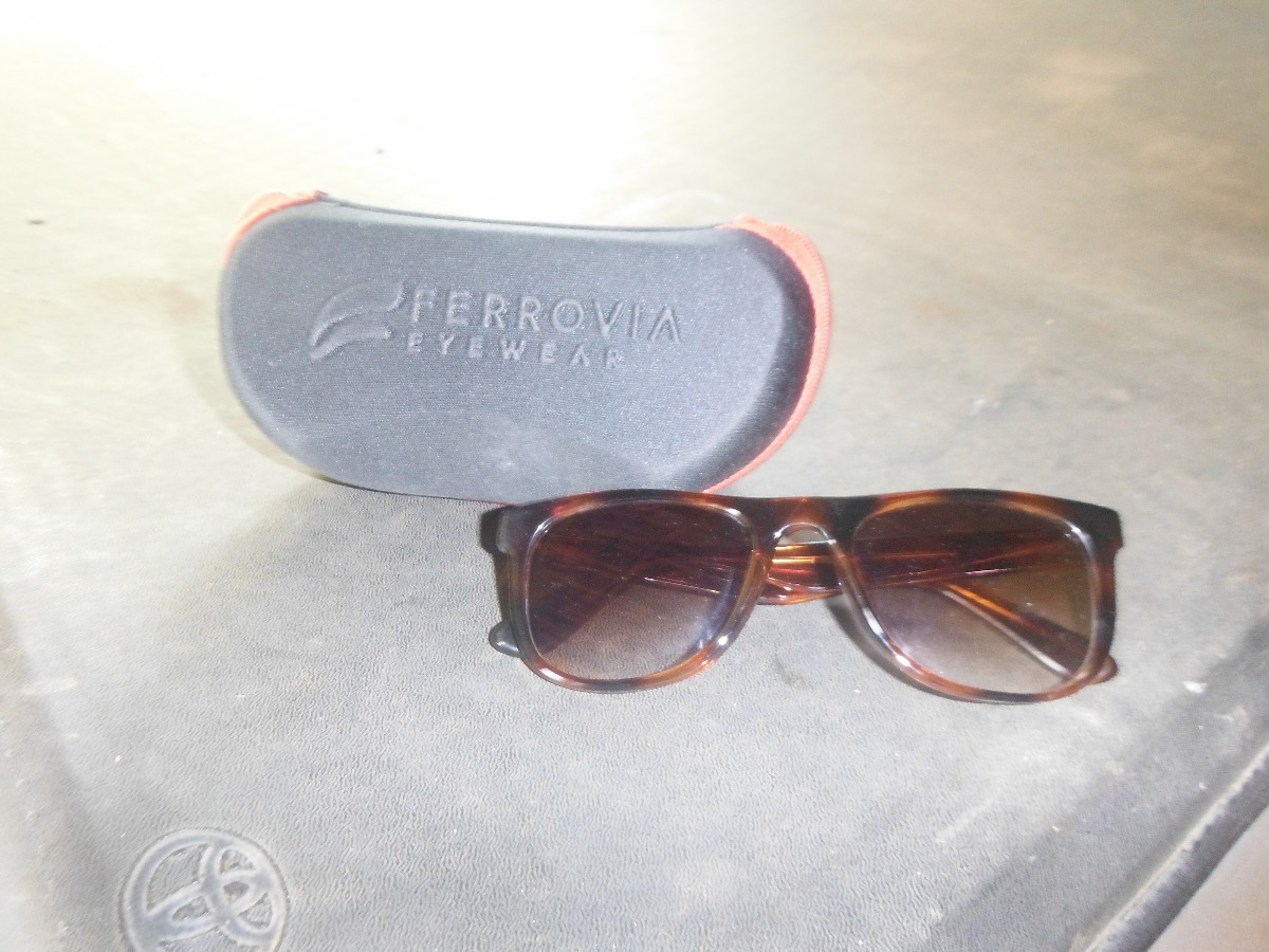 a5baeb5ef Oculos Ferrovia Unissex - R$ 250,00 em Mercado Livre
