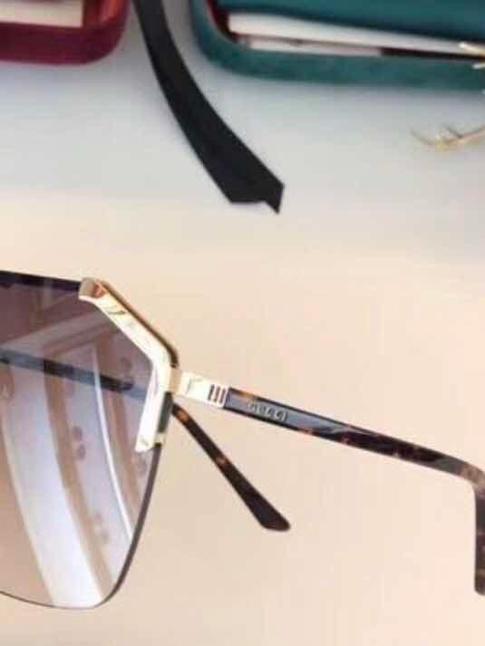 c04267ebb66aa Óculos Gucci Máscara Marron Novo Original - R  1.714