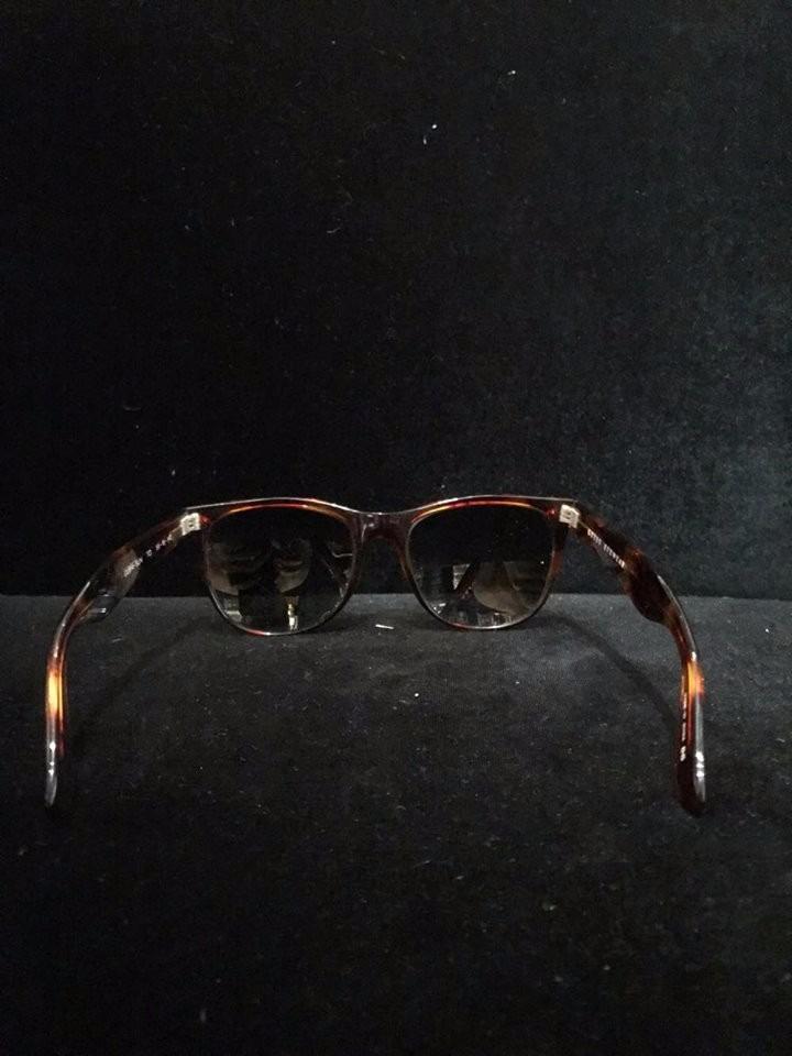 503811297 oculos guess n ray ban wayfarer vintage antigo original. Carregando zoom.