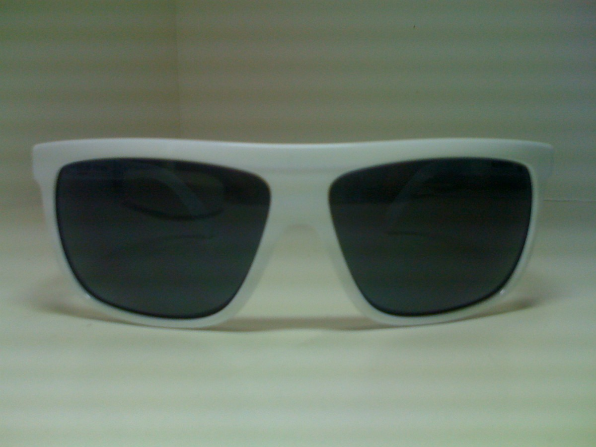 13d40bf5d Óculos Hang Loose Salo 78.90.0174/ White Novo Com Nf - R$ 119,00 em ...