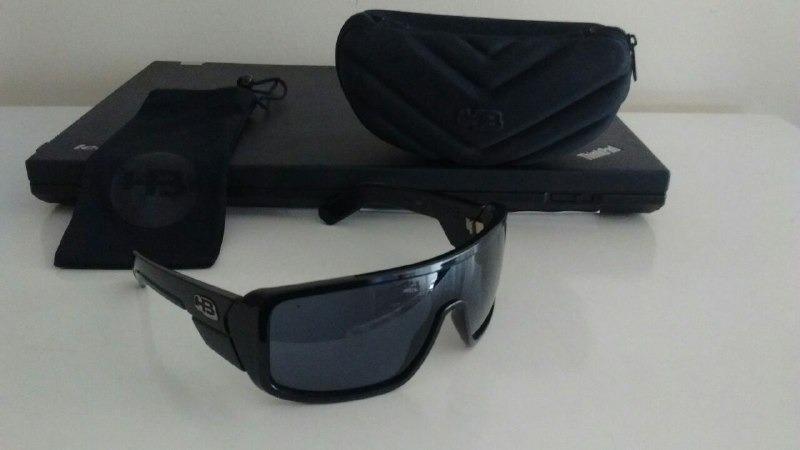 13fb325b4a03e Óculos Hb Carvin Original - R  129,00 em Mercado Livre