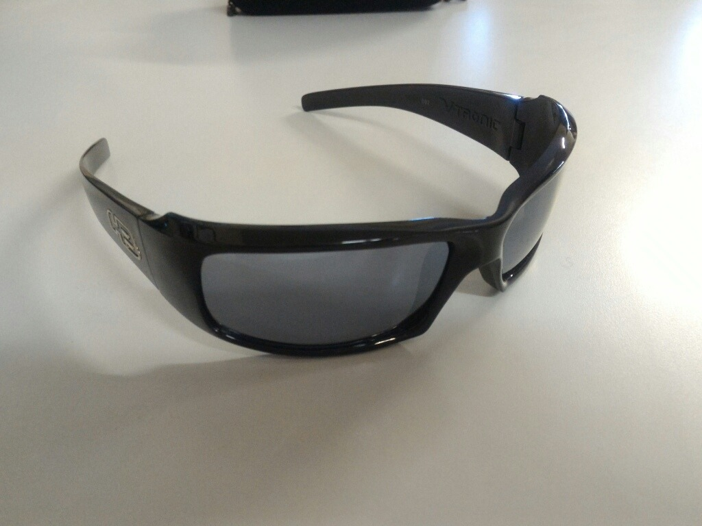 c9a268e9984d8 óculos hb v-tronic seminovo. Carregando zoom.