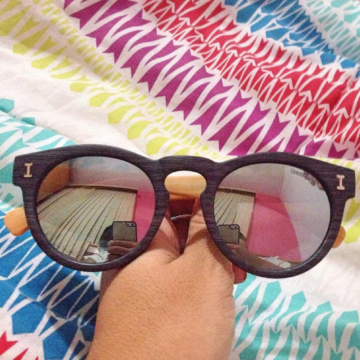 f57466327b98f óculos illesteva amadeirado espelhado azul prata madeira. Carregando zoom.