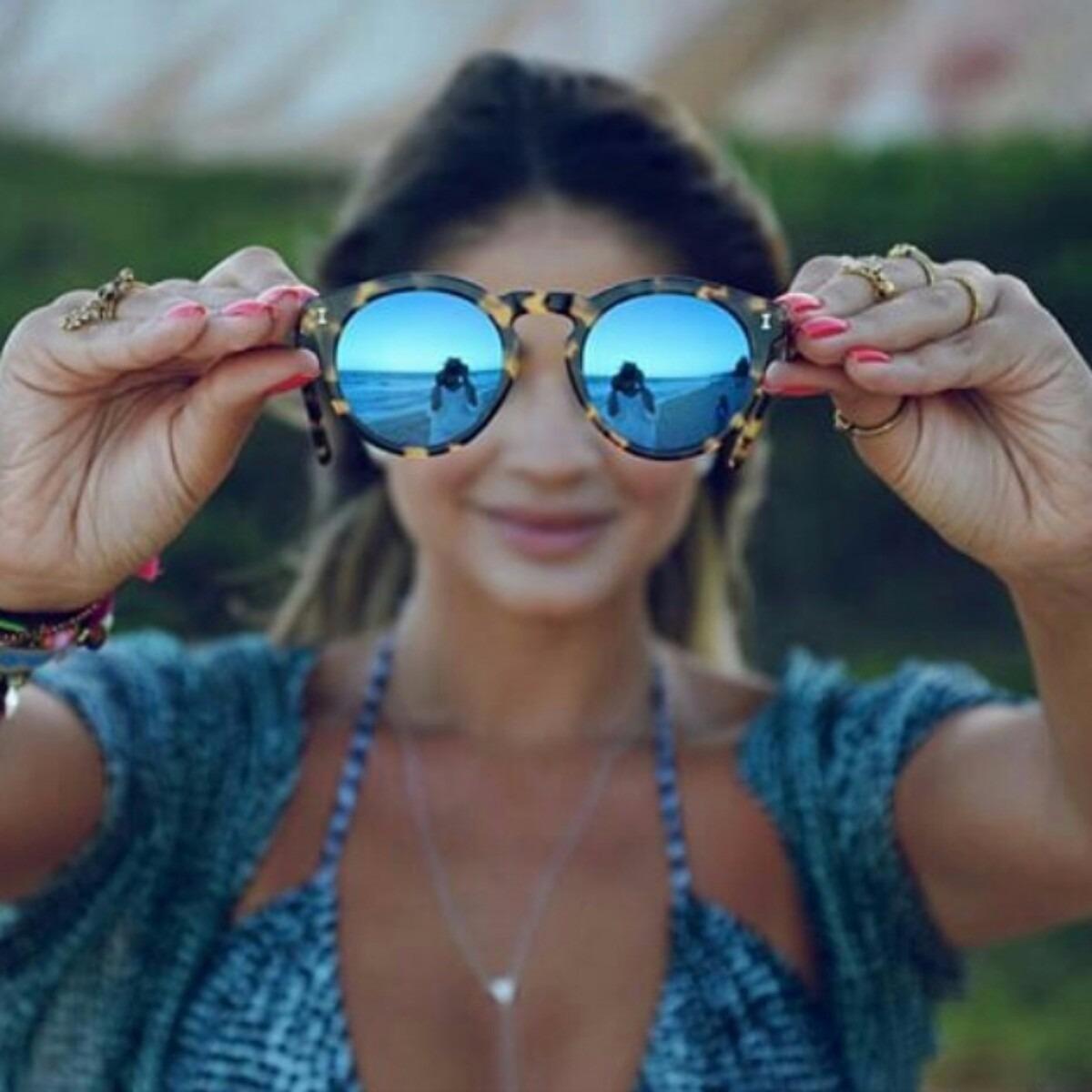 4c8ba91d1868d óculos illesteva armação tartaruga e preta lentes espelhadas. Carregando  zoom.