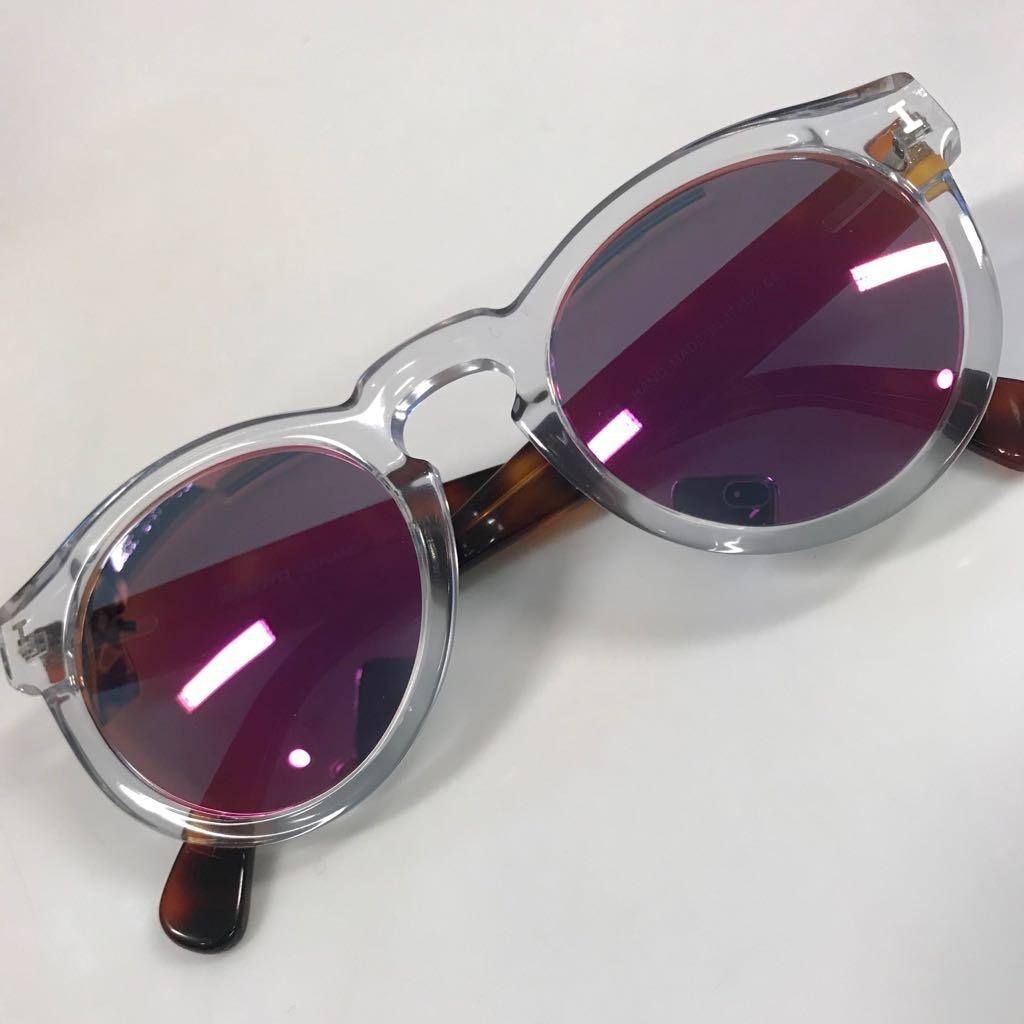 ab4503290144e óculos illesteva espelhado lateral transparente seminovo. Carregando zoom.