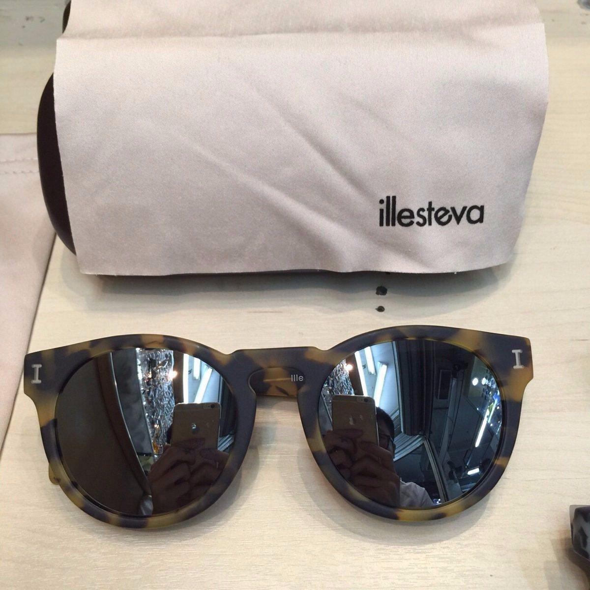 aea22ac3acd Oculos Illesteva Leonard I Original Espelhado - R  699