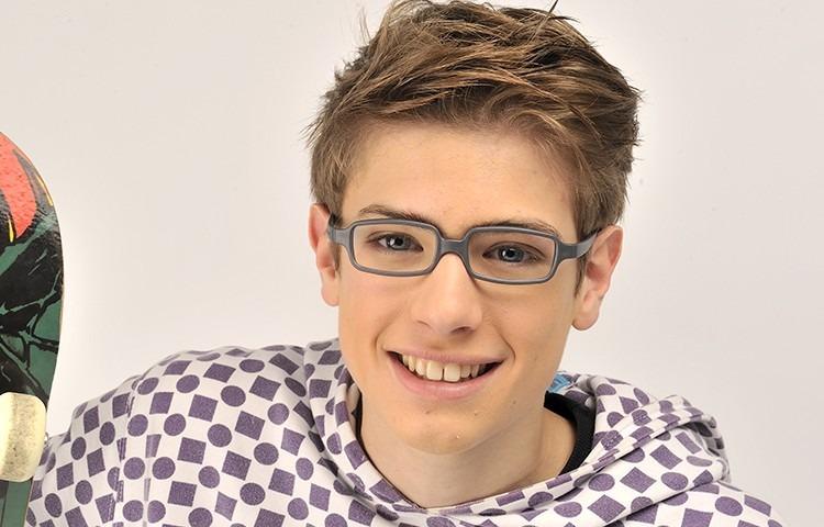 Óculos Infantil Miraflex Cinza Flexível - New Baby 10 + Anos - R  299,90 em  Mercado Livre 857035d5e5