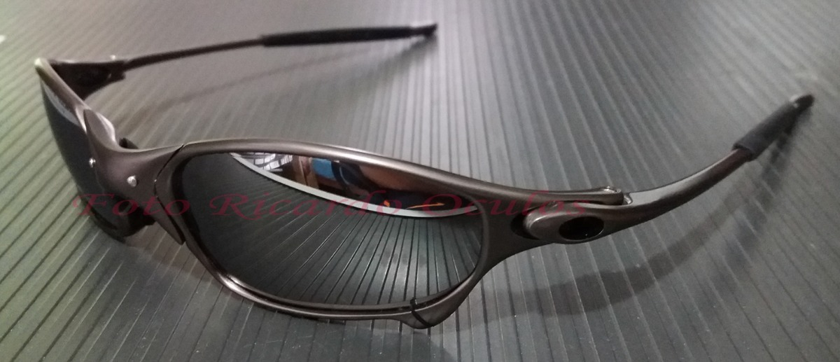 oculos juliet grafite black lente liquid metal polarizada. Carregando zoom. f7a8fa546f