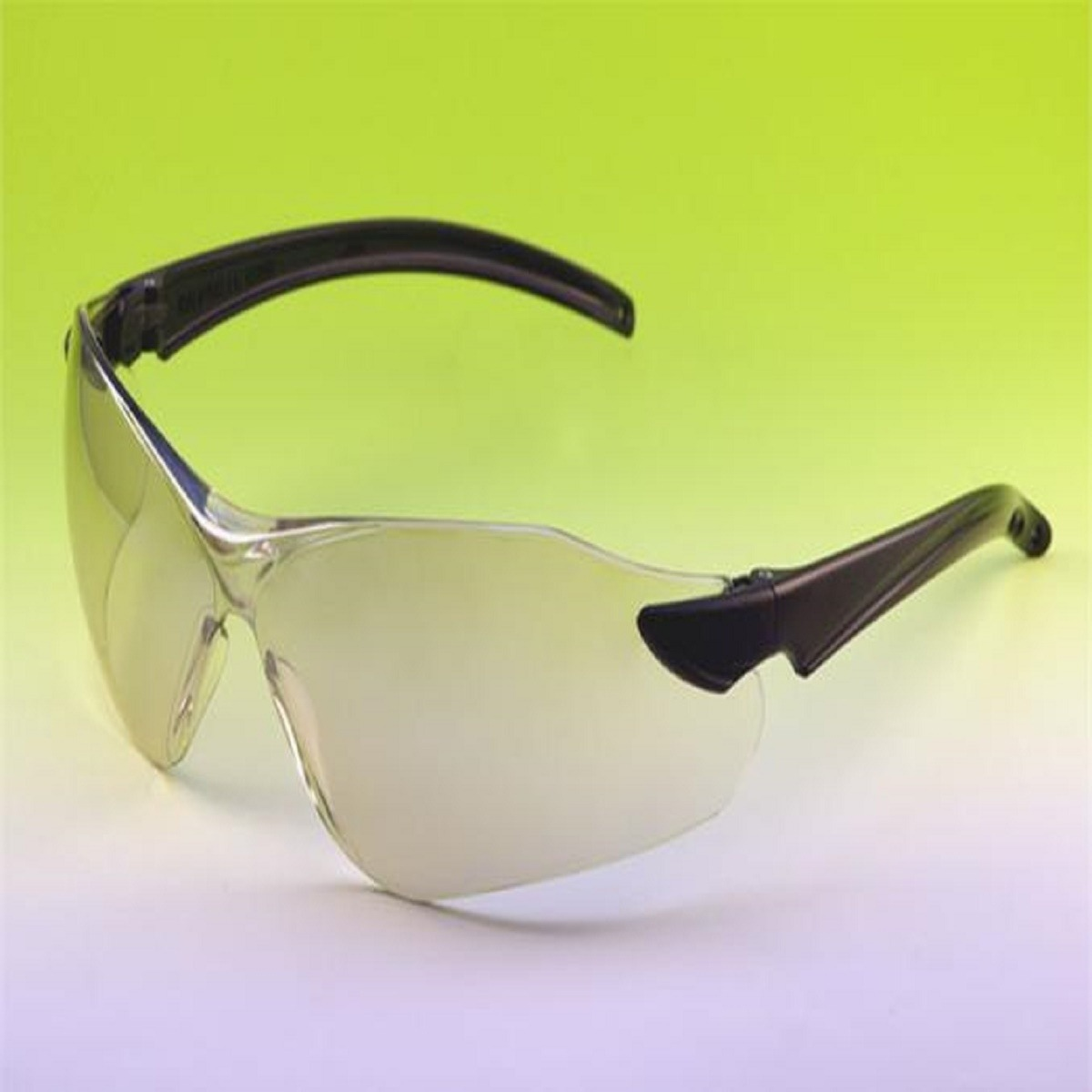 382e7097d01bd Óculos Kalipso De Proteção Guepardo Incolor C.a 16900 - R  22,46 em ...