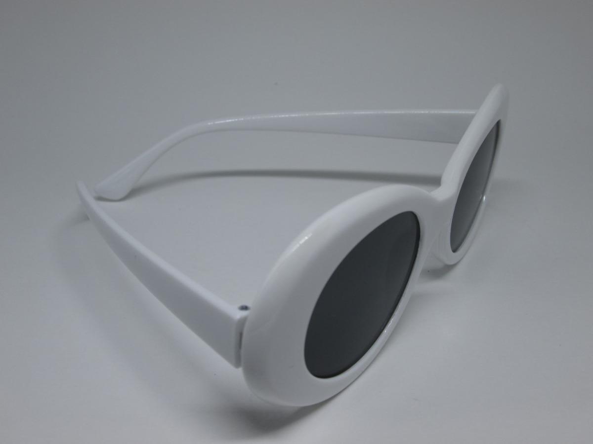 óculos kurt cobain branco lente preta uv400 retrô nirvana. Carregando zoom. fdc2441c2f