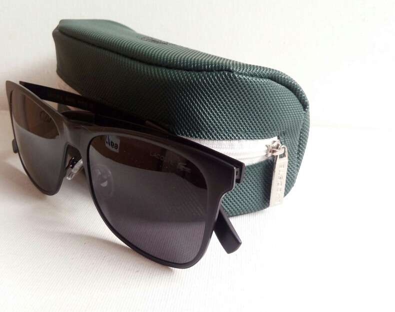 01a6346cff449 Oculos Lacoste Polarized Quadrado - R  150