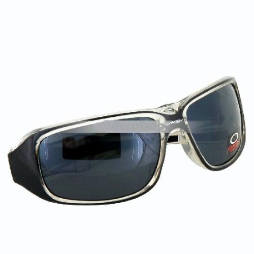 óculos modelo esportivo