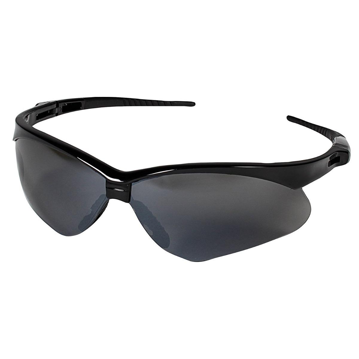 oculos nemesis jackson armacao preta lente fume epi uv ca un. Carregando  zoom. 950cfdf989