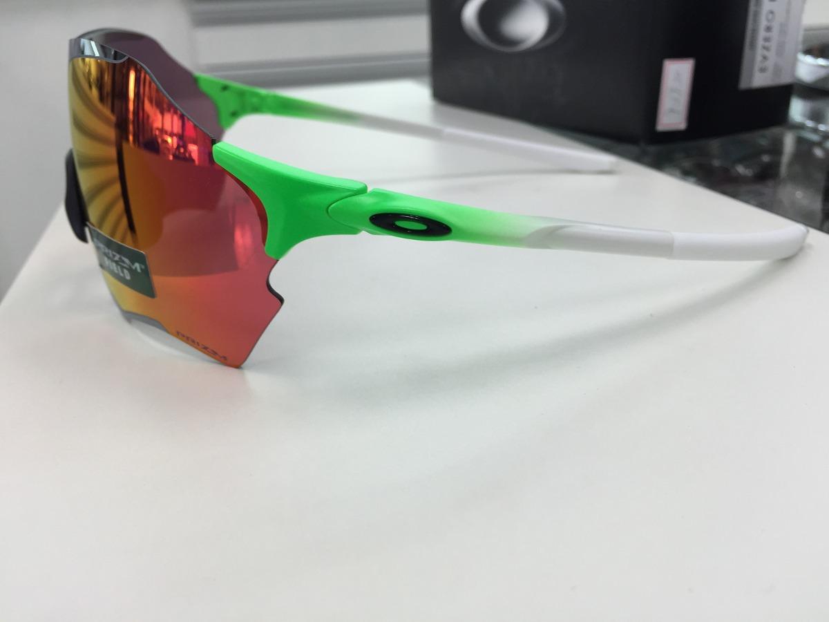 b09df76e593ee oculos oakley evzero range prizm field oo9327- 09 green fade. Carregando  zoom.