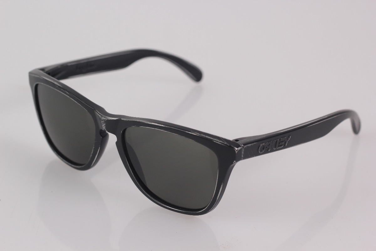 adf4322823dfa Óculos Oakley Frogskins Black Decay   Dark Grey - R  469,90 em ...