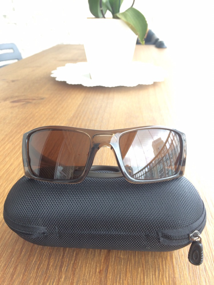 Óculos Oakley Fuel Cell Americano, Bronze - R  240,00 em Mercado Livre ae5ef7d878