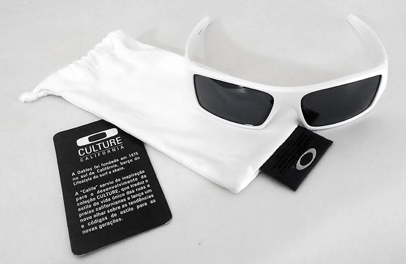 24e138215 Óculos Oakley Gascan Polished White Black Iridium Usado - R$ 299,99 ...